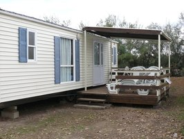 Spruce up your mobile home with a new coat of paint.