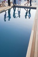 Saltwater pools are a chemical-free alternative to classic swimming pools.