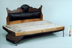 Homemade daybeds can be inventive designs.