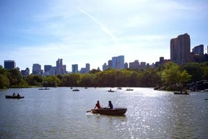 Purchasing a row boat rental is a romantic gift for a couple.