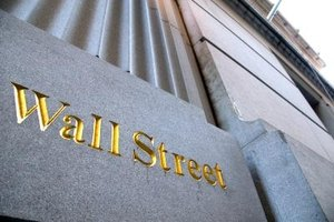 People with financial and technological experience can find jobs on Wall Street.