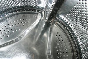 Remove rust from your washer tub so it doesn't spread onto your clothing.