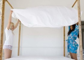 Simple products help keep bed sheets white.