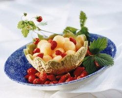 Using the fruit as a bowl is attractive and makes clean-up fast.