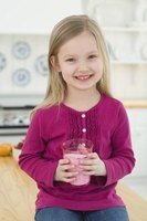 Smoothies make a nutritious breakfast for kids.