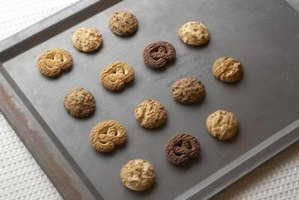 Pick the right cookie sheets to use in a convection oven.