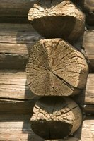 Log joints can be cut easily with a chain saw.