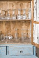 Learn how to research and identify your glassware.