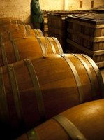 Metal hoops on oak wine barrels can be tightened by hydration.