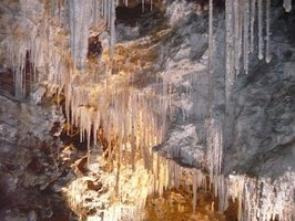 Limestone can be seen in stalactites.