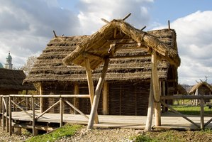 Houses made of straw, clay and earth offer an inexpensive alternative to traditional construction