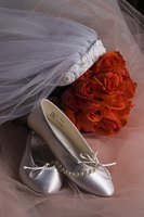 Flat shoes make the bride and guest more comfortable.