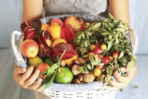 Fruits and vegetables are an important part of the rainbow diet.