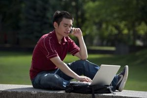 Advantages of Cell Phones for College Students