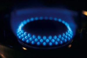 Cast-iron boiler burners should produce blue flames.