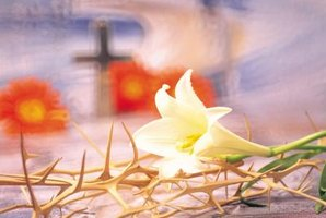 Resurrection crafts help children celebrate the joy of Easter.