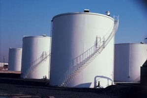 Large industrial storage tanks often have floating roofs.
