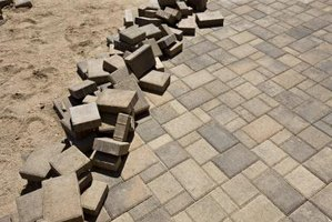 Proper base installation also prevents pavers from settling unevenly.