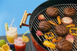 Choose foods that cook on the grill next to hamburgers for side dishes.