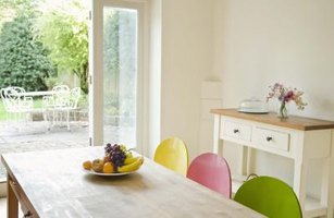 How to Redo a Kitchen Table