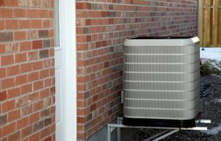 A heat pump system uses an outdoor condenser unit.