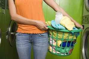 Keep your clothes soft and smelling fresh with a natural fabric softener.