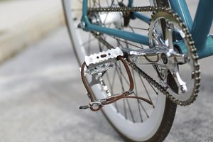 Changing pedals is a relatively pain-free task.