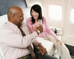 How to Get Upgraded Airline Seats Automatically