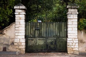 Strong hinges are critical to secure heavy gates to posts or columns.