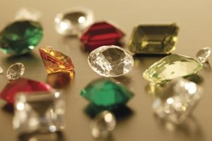 How to Determine Loose Gemstone Size to Fit a Ring Setting