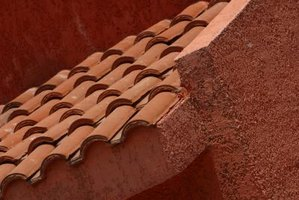 Stucco and tile offer excellent weather resistance in the desert.