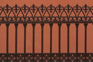 Keep your gate looking its best by removing mildew stains.