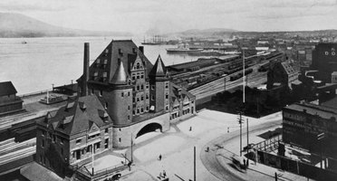 A vintage photo shows the Canadian Pacific Railway terminal in Vancouver, British Columbia.