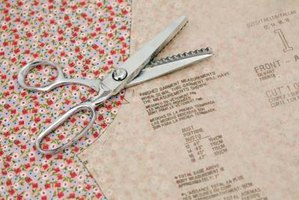 Pinking shears that retain their sharpness earn high marks from users.