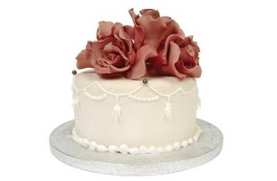 Cake decorations made of rice paper have far fewer calories than sugar flowers.