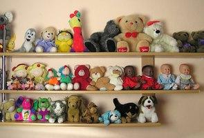 Cheap DIY Shelves