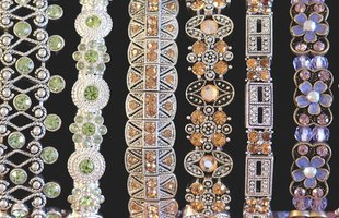 Gorgeous jewels sold online can find an international market of enthusiastic buyers.