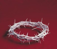 A Simple Way for Kids to Make a Crown of Thorns