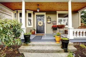 What is the meaning behind different door colors ehow - Front door color meanings ...