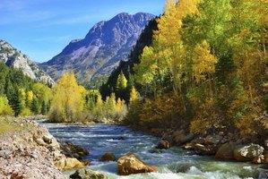 Romantic Cabin Getaways in Colorado