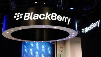 How to Clear All Data From a Blackberry Curve