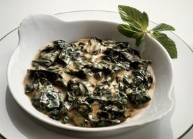 How to Make Creamed Spinach the Day Before