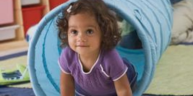 Activities for Toddlers in Mom & Tot Classes