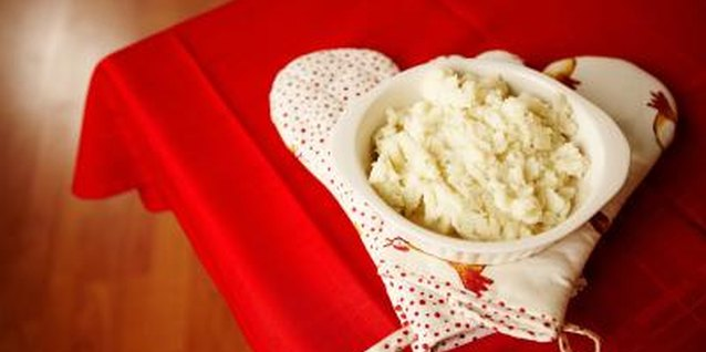 Methods to Warm Mashed Potatoes