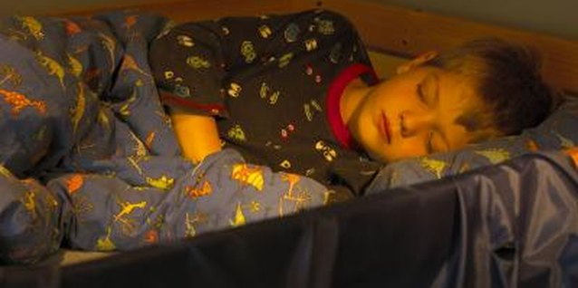 How to Keep a Younger Child in a Lower Bunk