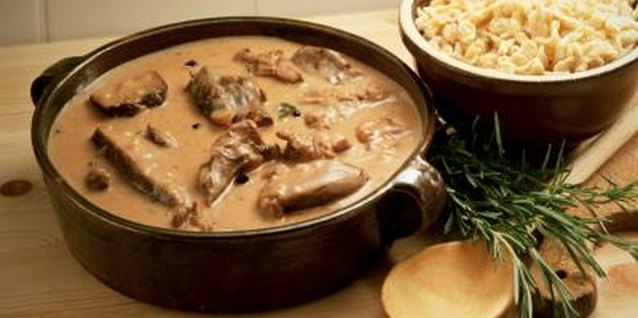 What Russian Dish Is Beef Cubes in a Sour Cream & Mushroom Sauce?