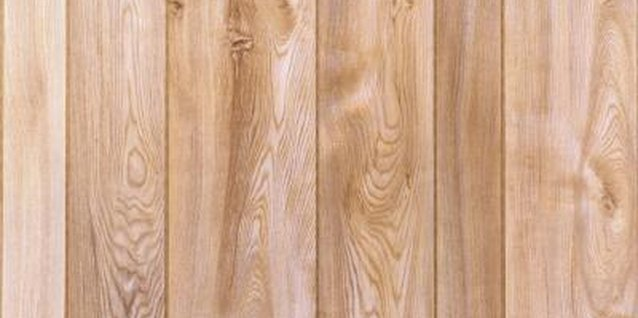 How to Lighten Wood That Has Been Darkened With Water Damage