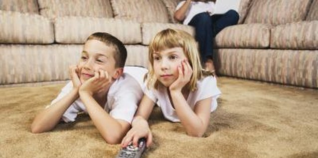 How TV & Electronics Affect Family Time