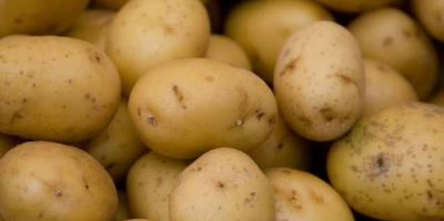 How Long to Boil Potatoes Before Baking?