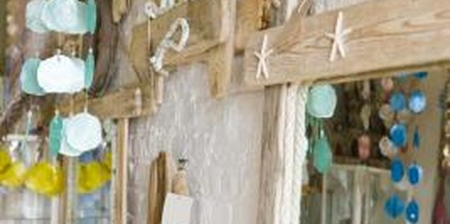 How to Hang Driftwood